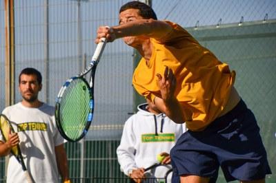 Entrenamiento Saque. Centro alto Rendimiento Top Tennis
