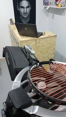 Servicio de encordado en las instalaciones de Top Tennis