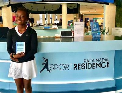 Wozuko Mdlulwa gana el Torneo Babolat Cup